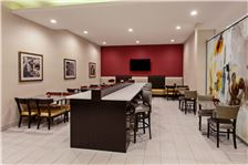 Holiday Inn Express & Suites - Anaheim Resort Area - HIE breakfast seating area